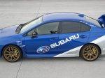 Jízda Subaru na polygonu