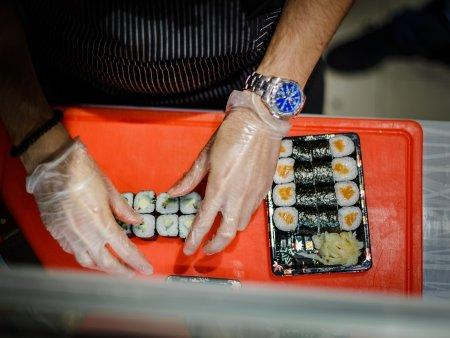 Kurz výroby sushi