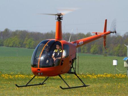 Pilotování vrtulníku Sazená
